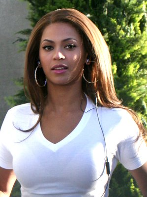 Beyonce Straight Hairstyle - Get the look for yourself! More Top ...