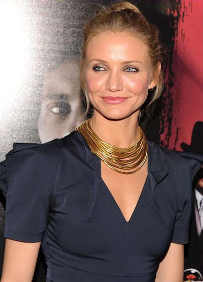 Cameron Diaz in a layered, short length necklace