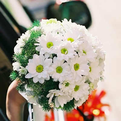 White Daisies Wedding Bouquet