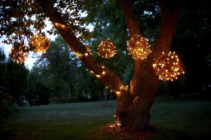 lighted grapevine balls diy outdoor christmas lights - Christmas Light Balls For Trees