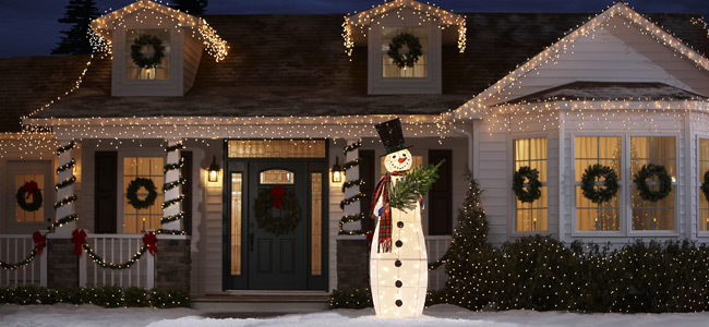 Outdoor christmas light displays dot com women for Exterior xmas lighting ideas