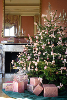pale pink - Pink And Gold Christmas Decorations