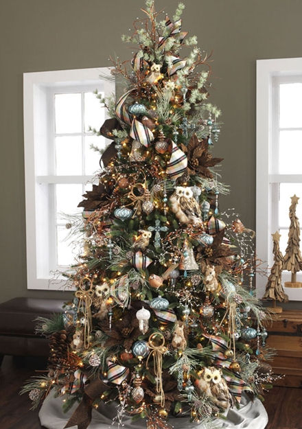 Rustic Theme Christmas Tree