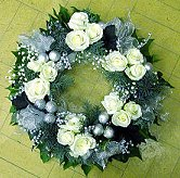 Silver-White Wreath