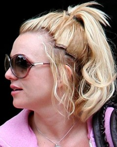 Britney Spears Without Wig 103