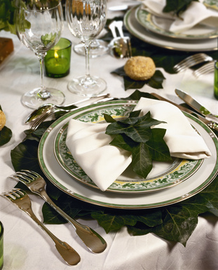 Green Dinner Table Setting Decoration with Leaves