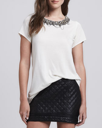 Outfit Inspiration - Quilted zipper skirt with white, embelished neck t-shirt
