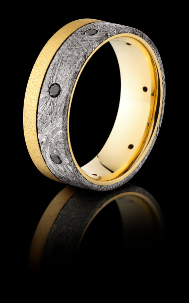 18K METEORITE & BLACK DIAMOND RING