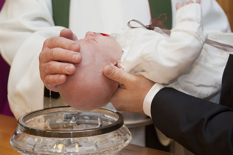 Christenings - 5 Grand Occasions for Family Portraits