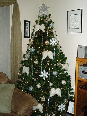 Angel Theme Christmas Tree - Christmas Tree Themes & Color ...
